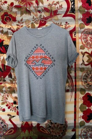 Surf Shirt / Hollister / Skater
