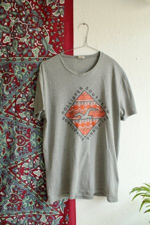 Surfer Shirt / Hollister / Skater T-shirt