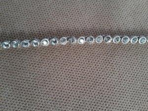 Swarovski Armband rundum mit Steinen besetzt