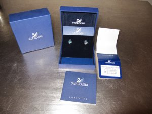 Swarovski Born Earrings Ohrringe Türkis Blau NEUw