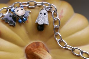 Swarovski Bracelet with rare halloween charms