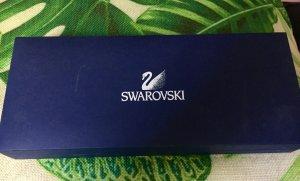 Swarovski Ohrringe und Halskette Steine grün Set