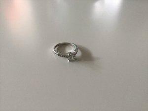 Swarovski Ring mit Steinchen