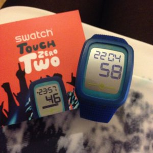 Swatch Digital-Uhr Touch Zero Two, blau