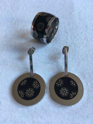 Swatch Ohrringe und Ring mit Blumenmuster