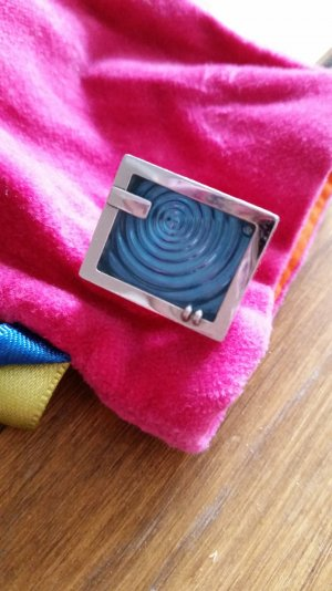 SwatchPool-Party  Ring. Sehr schick kaum getragen. Kleine gr