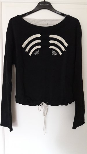 Sweater mit Stickerei