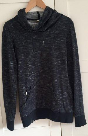 Sweater von BENCH -ideal für den Übergang