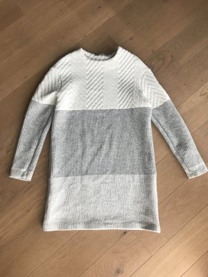 Sweatkleid von Zara