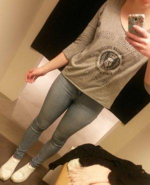 Sweatshirt mit Collegeprint