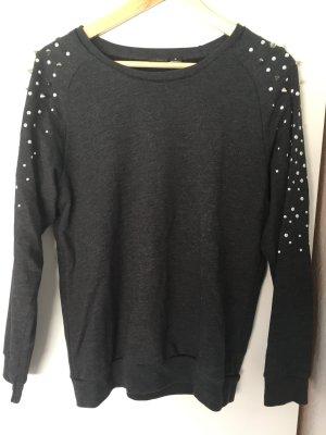 Sweatshirt mit Nieten Gr M