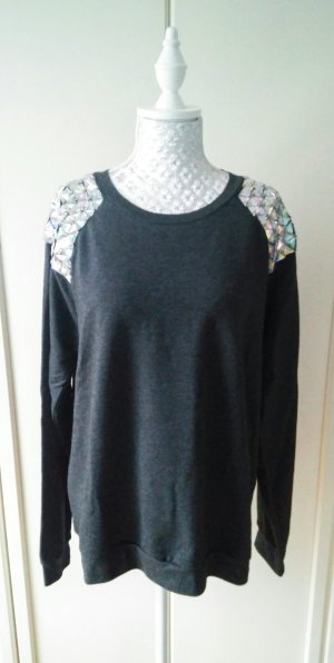 Sweatshirt mit Steinen von Gina Tricot