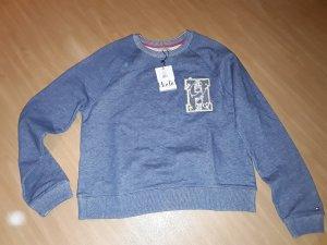 Sweatshirt von Gigi Hadid by Tommy Hilfiger.Größe ist eine S,neu mit Etikett