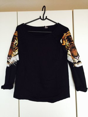 - Sweatshirt von H&M -