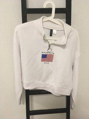 Sweatshirt, weis mit leichtem Kragen und Aufdruck