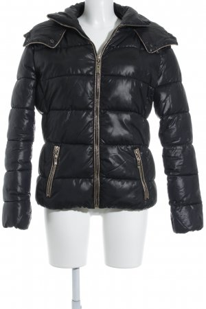 Sweet Miss Steppjacke schwarz Street-Fashion-Look