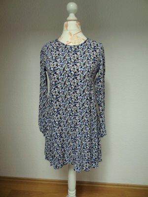 Swingkleid, A-Linien Kleid, Blumenmuster, Zara
