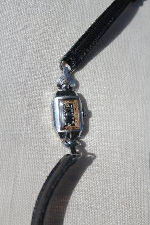 Reloj analógico negro-color plata metal