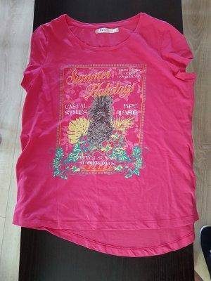 T-Shirt .............