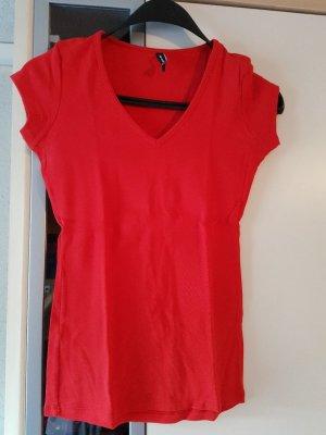 T-Shirt Basic rot neu neuwertig #tshirt #shirt #rot #basic