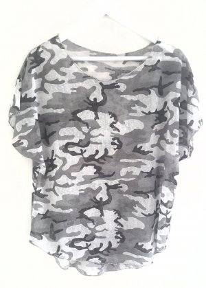 T-shirt ~ Camouflage Gr. 40