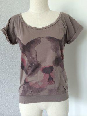 ------ T-Shirt -------