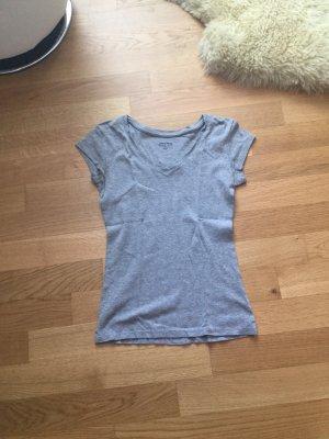 T–Shirt