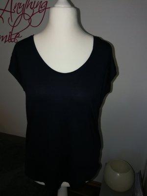 T-Shirt der Marke Pieces in dunkelblau und der Größe XL