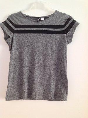 T-Shirt Größe XS grau