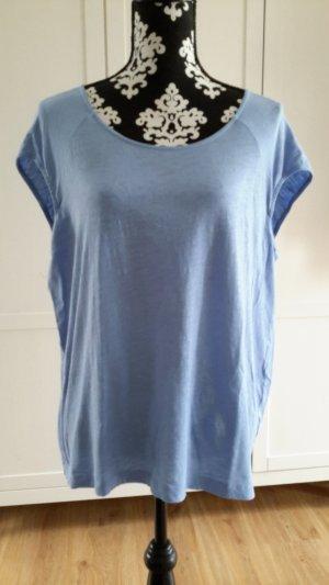 T-Shirt hellblau, weiter Schnitt
