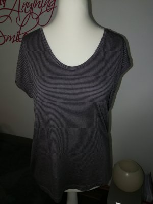 T-Shirt in grau blau gestreift der Marke Pieces in der Größe XL