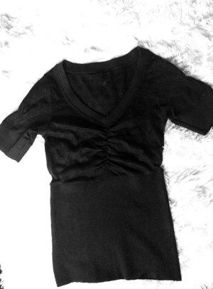 T-Shirt in schwarz mit Lochmuster Größe S
