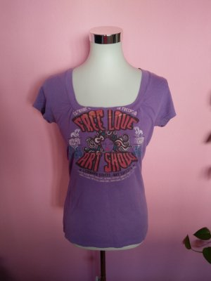 T-Shirt in violett mit Print (K3)
