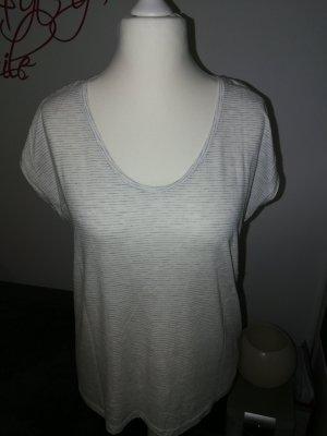 T-Shirt in weiß hellgrau gestreift der Marke Pieces in der Größe XL