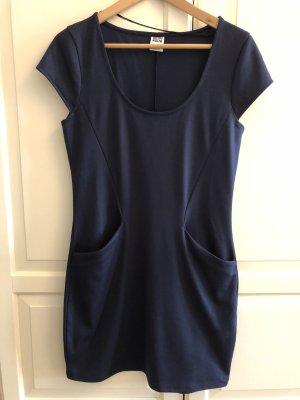 T-Shirt Kleid mit Taschen