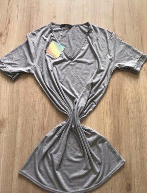 Missguided T-shirt jurk lichtgrijs-grijs