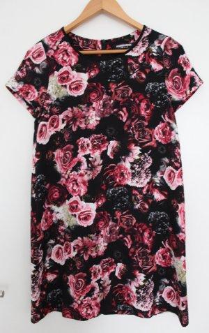 T-Shirt Kleid von Asos mit Blumenmuster