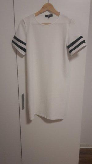 t-shirt Kleid von Daisy Street