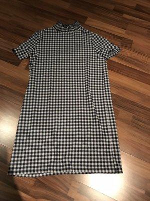T-Shirt Kleid von Zara