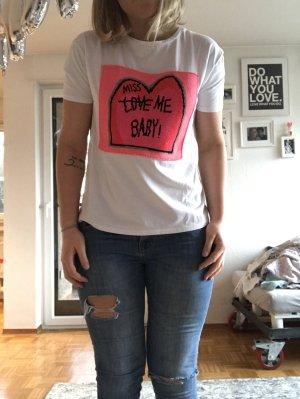 T-Shirt mit aufgesticktem Patch