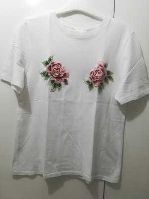 T-Shirt mit Blumen Patches