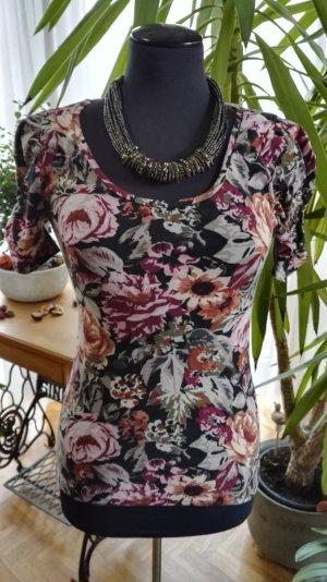 T-Shirt mit Blumenmuster und Raffungen an den Ärmeln