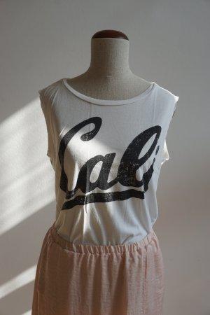 T-Shirt mit Cali Print / Logo