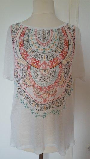 T-Shirt mit ethno Stickerei