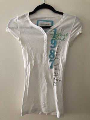 T-Shirt mit Knöpfen von Aeropostale