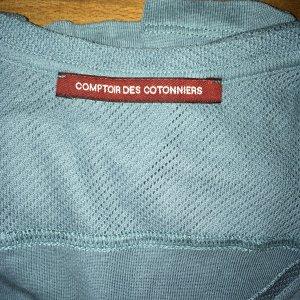 T-Shirt mit Lochmusterdetails