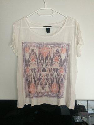 T-Shirt mit Muster Neu
