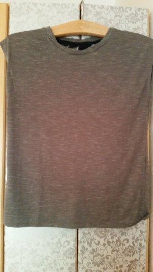 T-Shirt mit Rückenverzierung