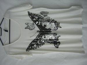 T-Shirt mit Schmetterling Print
