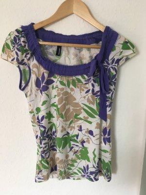 T-shirt mit schönem Blättermuster und Schleife